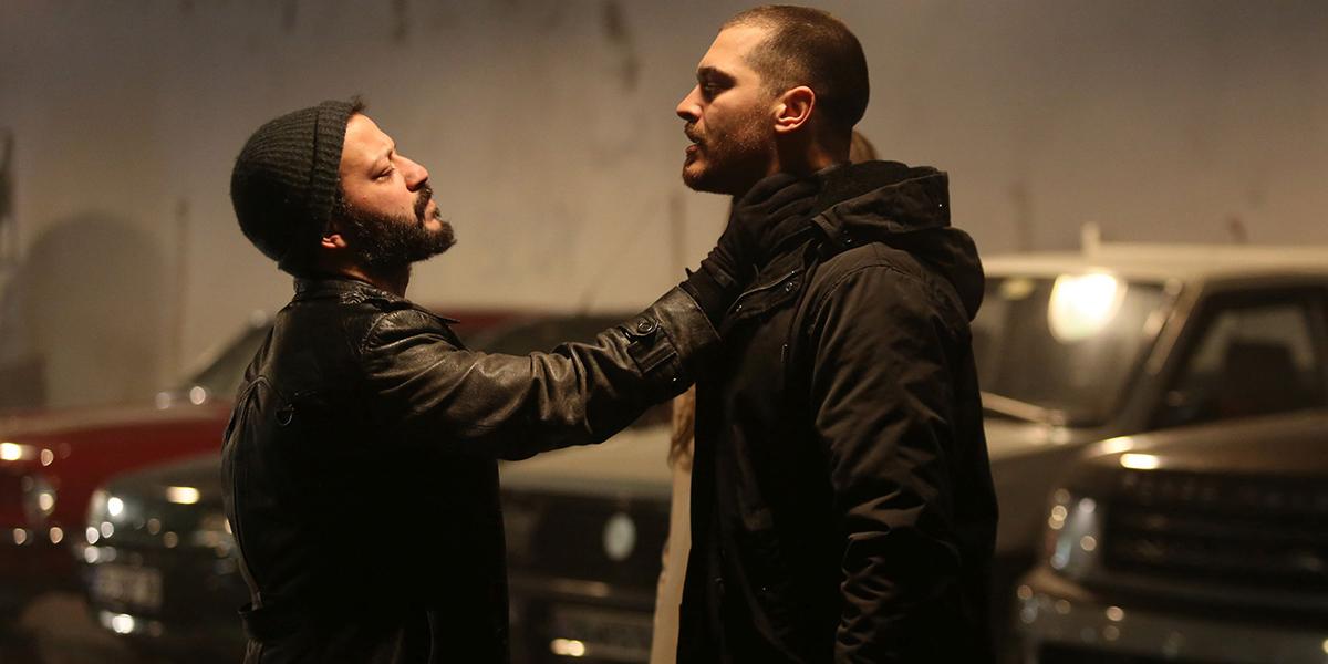 Foto Galeri&Fragman: İçerde'de Sarp ve Davut'un Çok Konuşulacak Dövüş Sahnesi