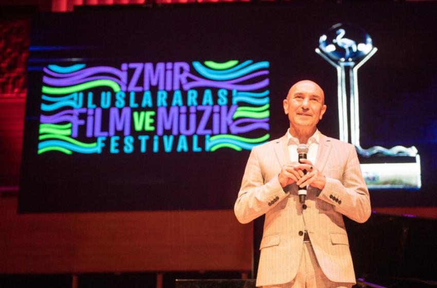 Kristal Flamingo Ödülleri Sahiplerini Buldu