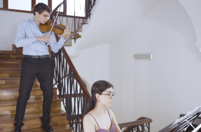 Duygu Yüklü Macar Melodileri, 'Pazar Klasiği' ile Gain'de