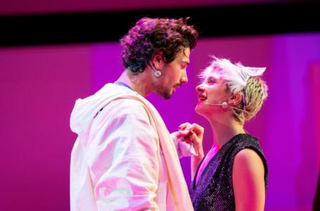 Romeo & Juliet Oyununun Prömiyeri DasDas'ta Gerçekleşti