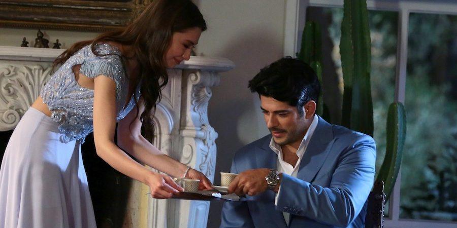 Foto Galeri & Fragman | Kara Sevda'da Kemal ve Nihan'dan Evliliğe İlk Adım